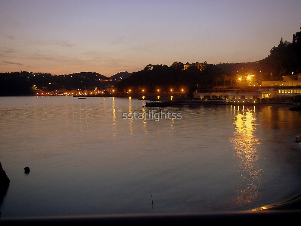 Mirroring Lights Garland by sstarlightss