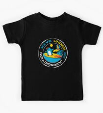 Surfing penguin Kids Tee