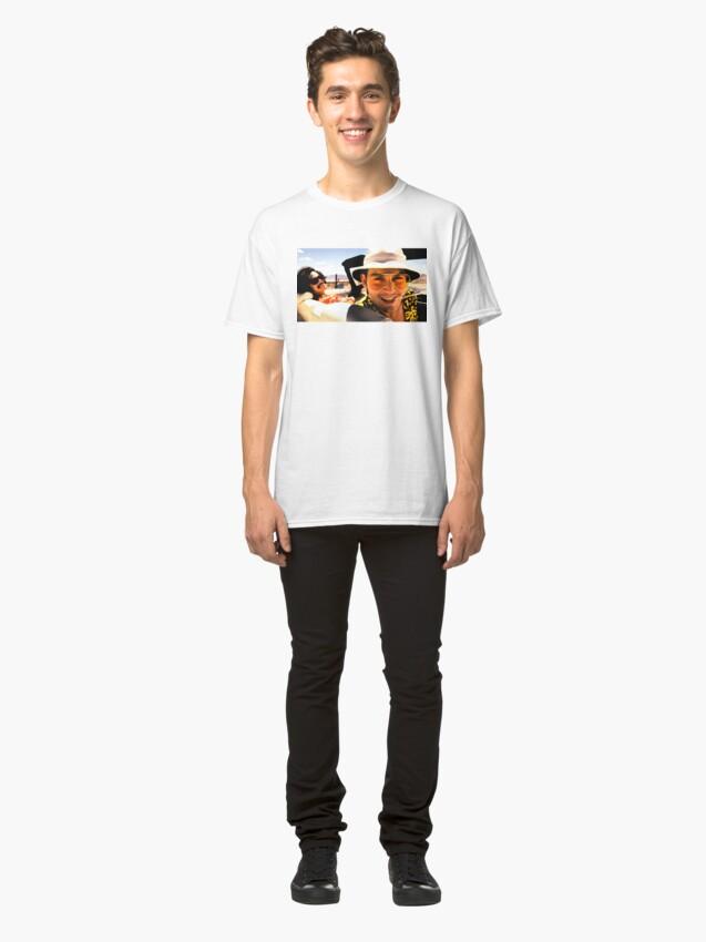 Vista alternativa de Camiseta clásica Miedo y asco en Las Vegas - Arte