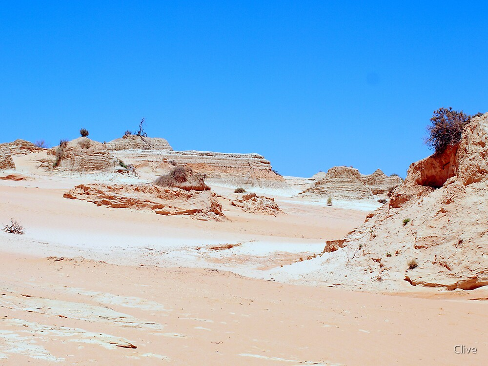 Lunette ('Walls') of Lake Mungo by Clive
