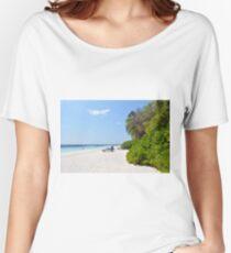 Beautiful beach in Maldives Women's Relaxed Fit T-Shirt