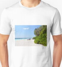Beautiful beach in Maldives Unisex T-Shirt