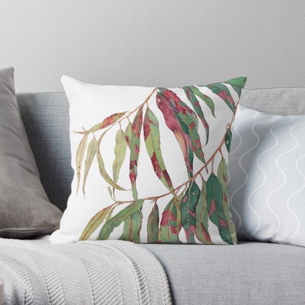 Une touche de rouge - aquarelle de branche d'eucalyptus Coussin