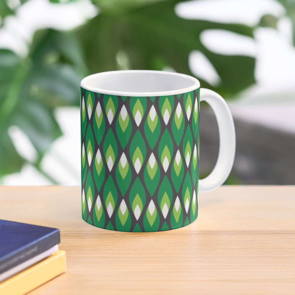 Small green flames pattern Mug