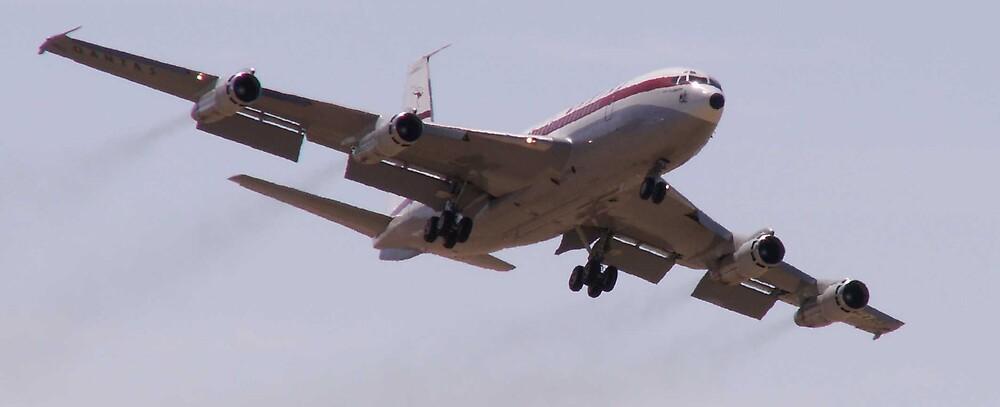 Qantas 707 by thrawn