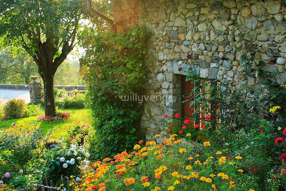 Old stoned house by Willy Vendeville