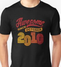 Awesome Since October 2010 Shirt Vintage 8th Birthday Unisex T-Shirt