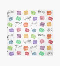 Lecker Regenbogen-Macarons-Aquarell-Illustration Tuch