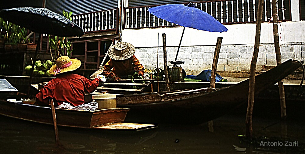 Floating Market by Antonio Zarli