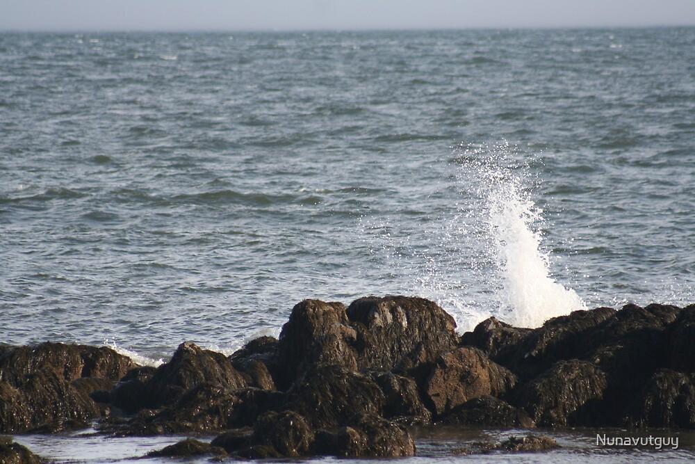 Crashing Waves by Nunavutguy