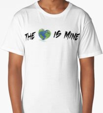 The World is Mine I Long T-Shirt