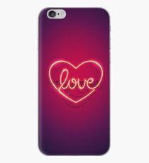 Liebe Herz Leuchtreklame iPhone-Hülle & Cover