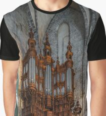 Majestic pipe organ with wooden decoration in the corner of Saint Marie church  Graphic T-Shirt