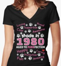 Made In 1980 Aged To Purrfection - Birthday Shirt For Cat Lovers Women's Fitted V-Neck T-Shirt