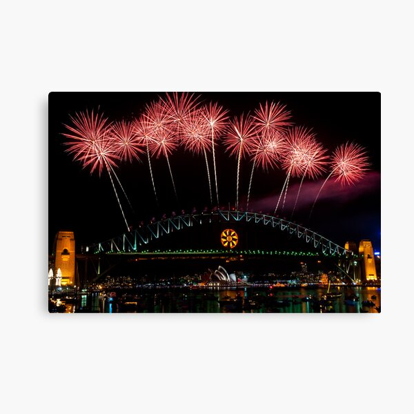 NYE 2008: Midnight Fireworks at McMahons Point Canvas Print