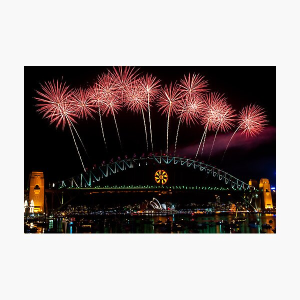 NYE 2008: Midnight Fireworks at McMahons Point Photographic Print