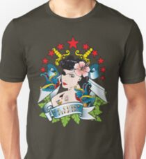 La Chica Pirata Unisex T-Shirt