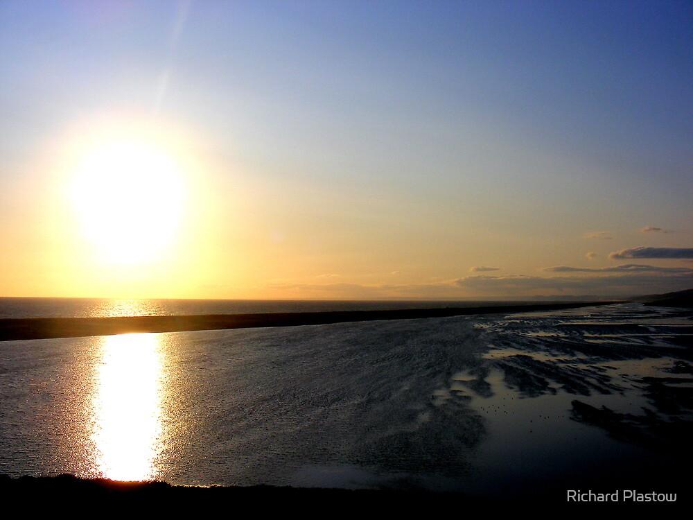 Seaside sunset by Richard Plastow