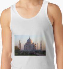 The Taj Mahal at sunrise. Tank Top