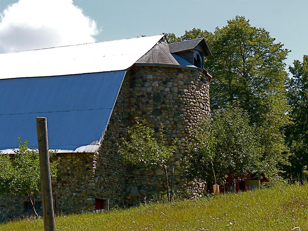 Stone Barn by henry2u