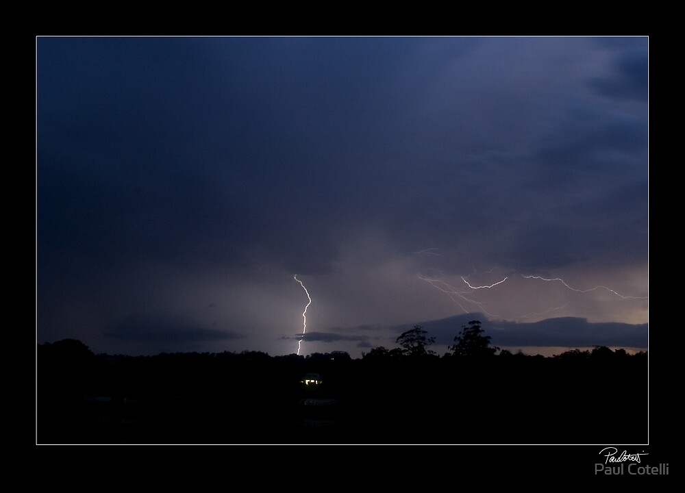 Spider Lightning by Paul Cotelli