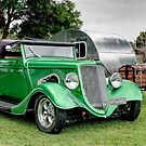 Green hot rod with Caravan by Ferenghi