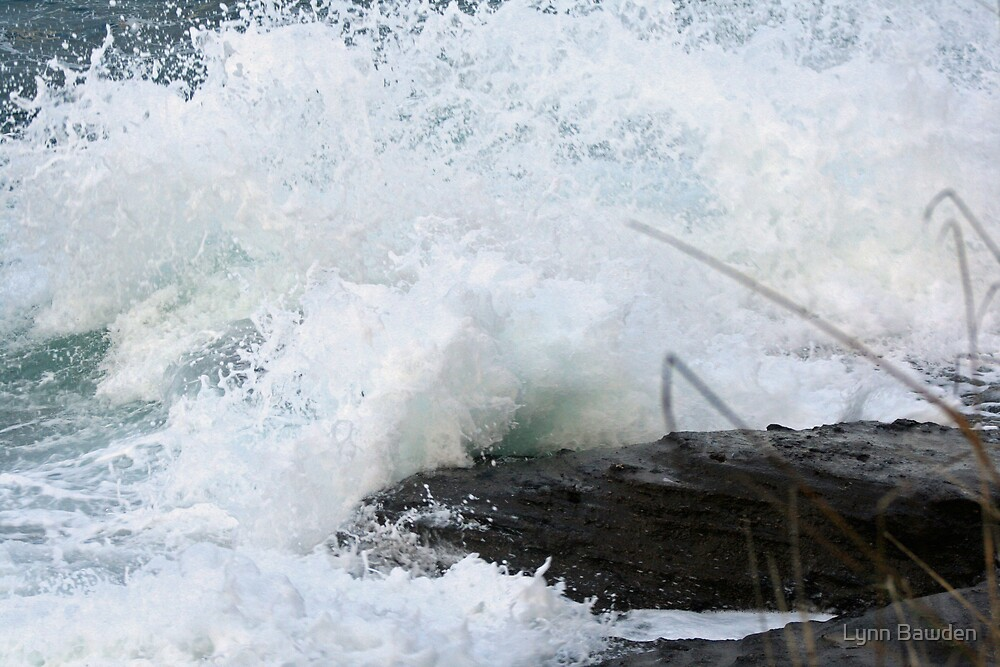 """""""Wave Action 1"""" by Lynn Bawden"""