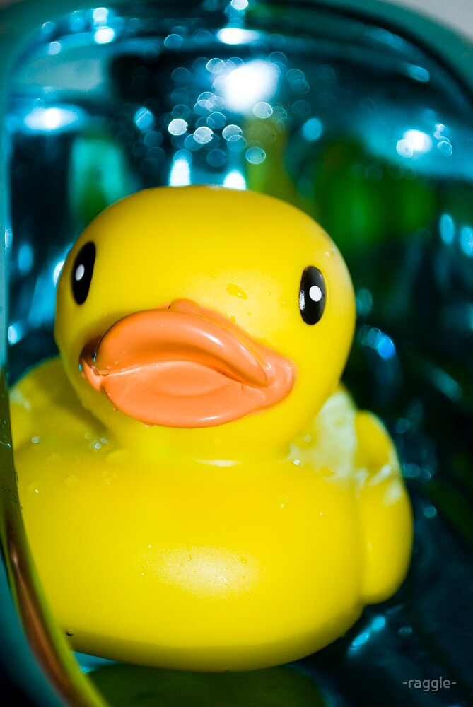 Rubber Ducky by -raggle-