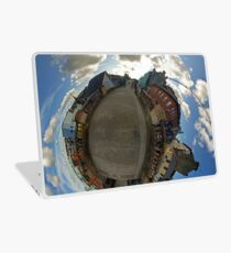 City Walls of Derry at Ferryquay Gate Laptop Skin