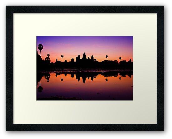 Angkor Wat Sunrise by vinaixa
