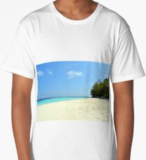 Beautiful beach in the Maldives with clear blue water Long T-Shirt