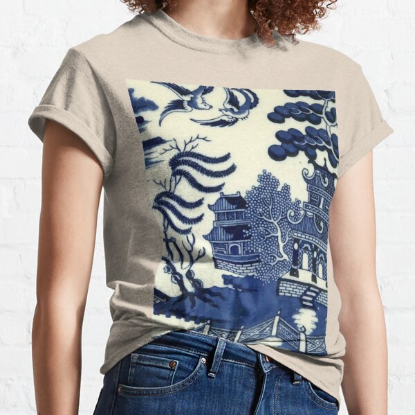 Antique willow ware oriental toile Classic T-Shirt