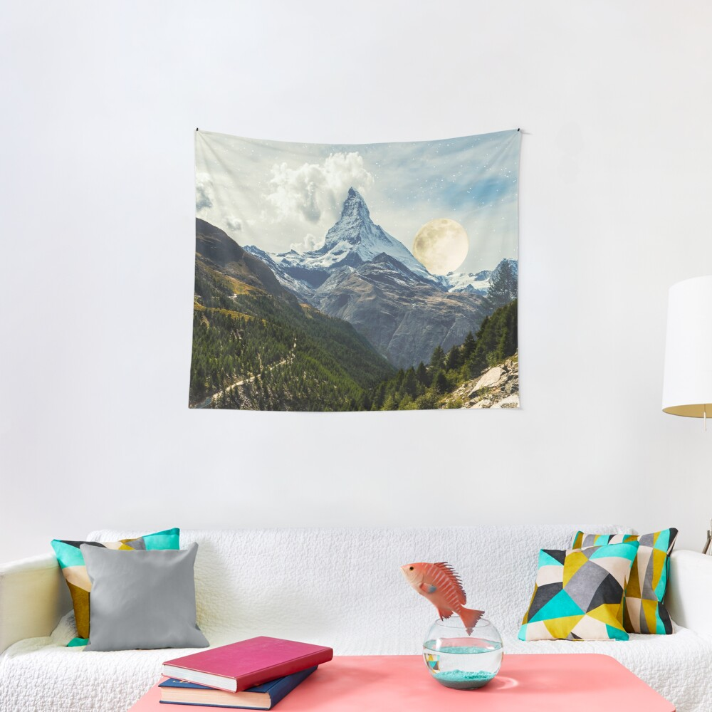 Wander trip sets the Moon Tapestry