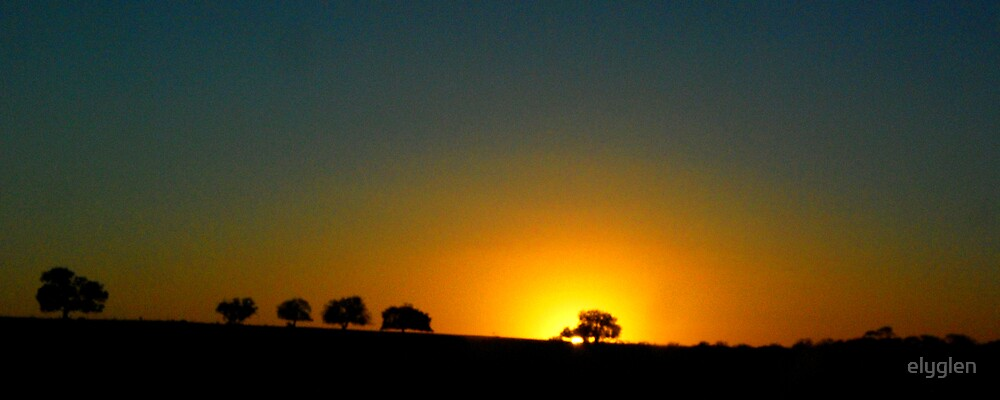 Mallee Sunset by Gary by elyglen