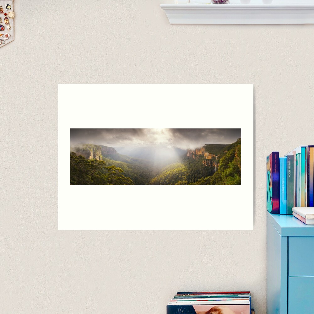 Govetts Leap Awakens, Blue Mountains, New South Wales, Australia Art Print
