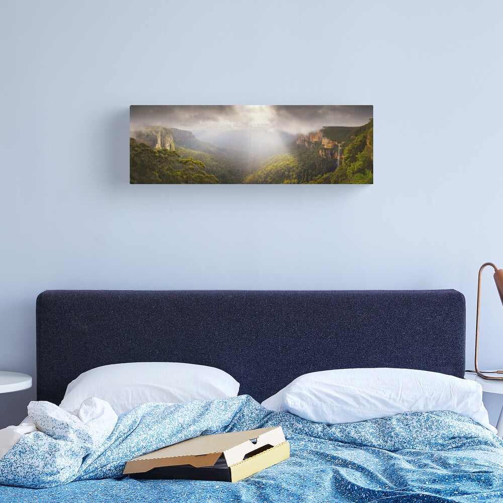 Govetts Leap Awakens, Blue Mountains, New South Wales, Australia Canvas Print
