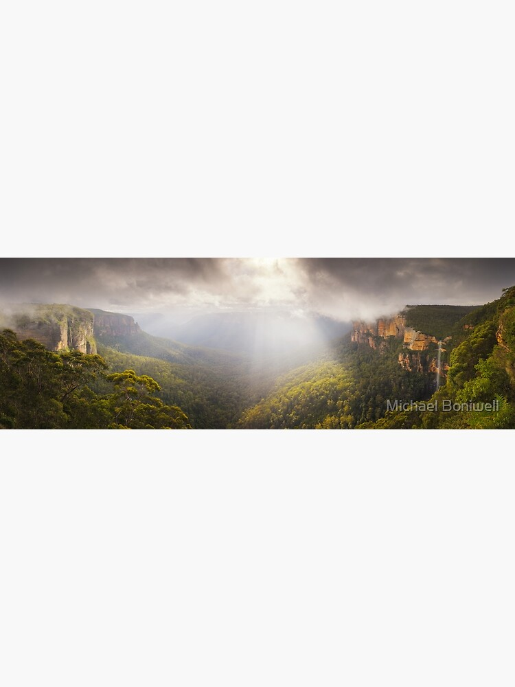 Govetts Leap Awakens, Blue Mountains, New South Wales, Australia by Chockstone