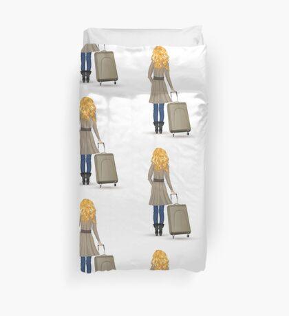 Frau mit Koffer Bettbezug