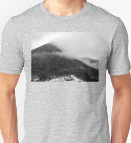 Foggy mountains T-Shirt