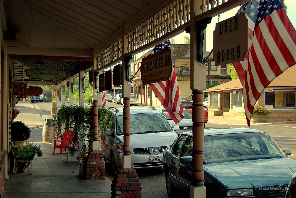 Mariposa................A Little Patriotic Mountain Town! by davesdigis
