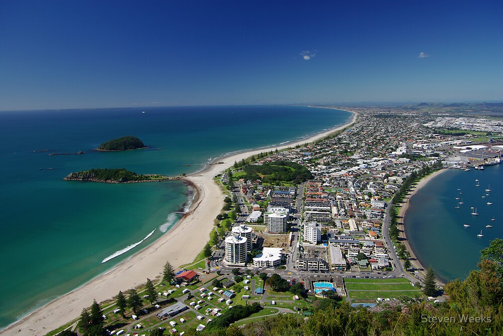Mount Maunganui by Steven Weeks