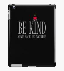 Be Kind - Text - Dark Background iPad Case/Skin