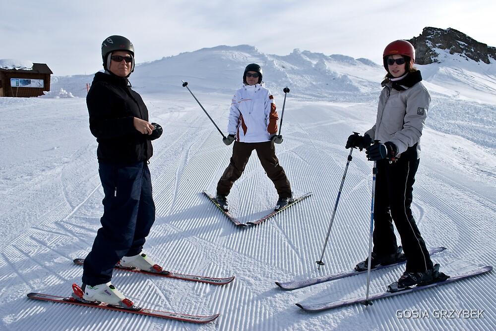 starting skiing  by GOSIA GRZYBEK