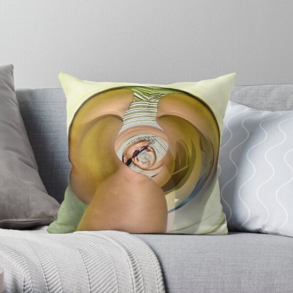 the curves of women 27 Throw Pillow