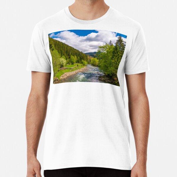 Tereblya river of Carpathian mountains Premium T-Shirt
