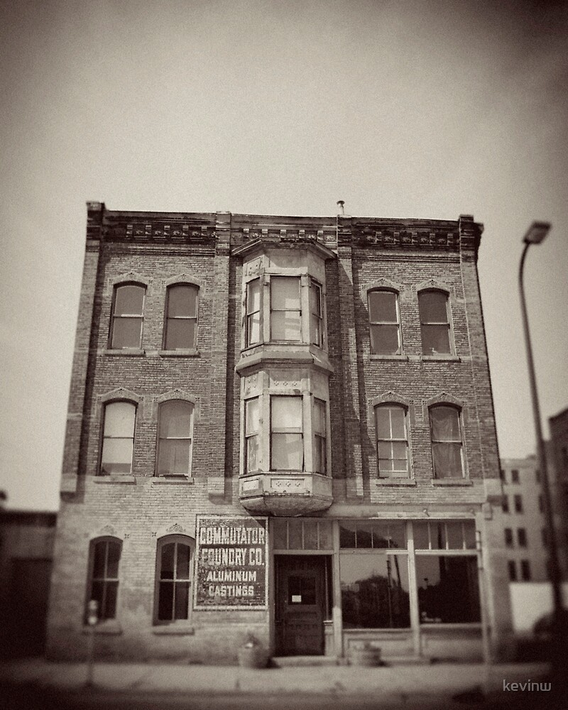 Minneapolis Warehouse District by kevinw