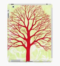 THE OLD RED TREE iPad Case/Skin