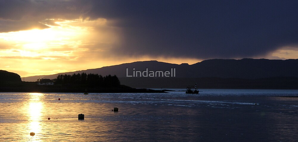 Fishing Boat by Lindamell