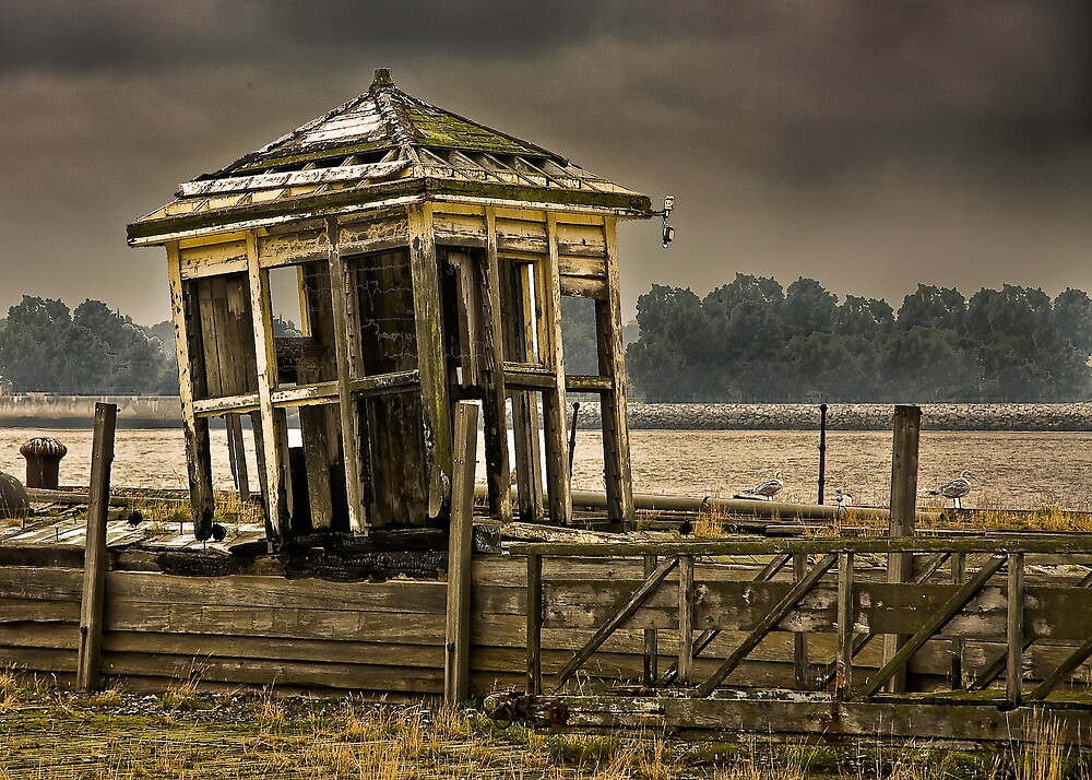 The Old Ferry Ticket Office by Tony Wilkinson