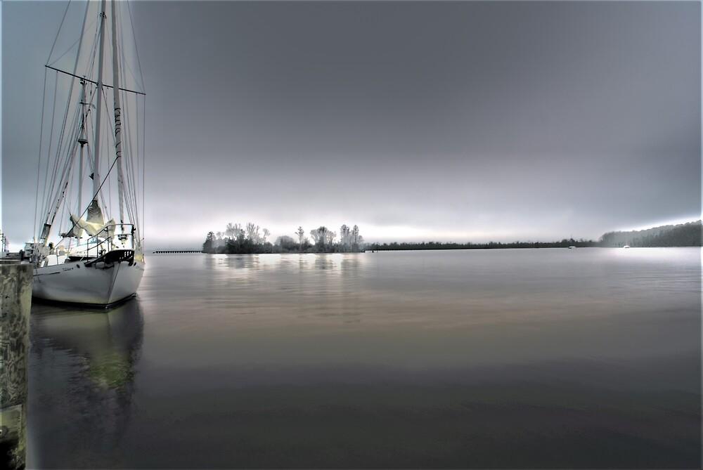 bay view by ALEX GRICHENKO